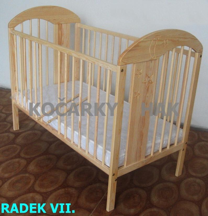 Dětská postýlka dřevěná